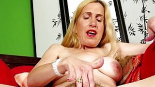 Hairy mature masturbating on USA Mature