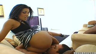 Gorgeous brunette Latina Giselle Humes surprises my friend with hot oral interlude