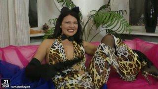 Juicy brunette kitty Helen Kroff masturbates with a dildo